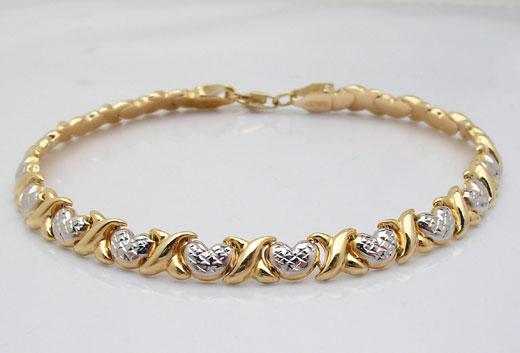 9gr Diamond Cut Heart & Kisses Bracelet 14K Yellow White Two Tone